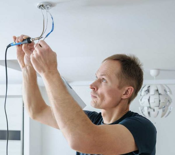 Residential-electrician-2